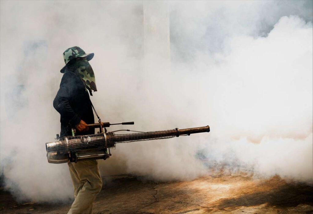 Fumigación en Pueblo Libre